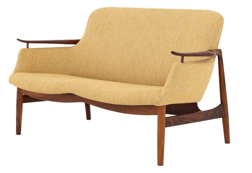 Finn Juhl NV 53 Sofa