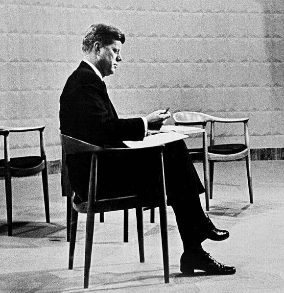 Hans J. Wegner 503 Den Runde Stol The Chair
